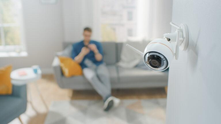 Les meilleures astuces pour entretenir votre système de surveillance